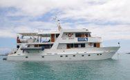 Eden Galápagos cruise boot